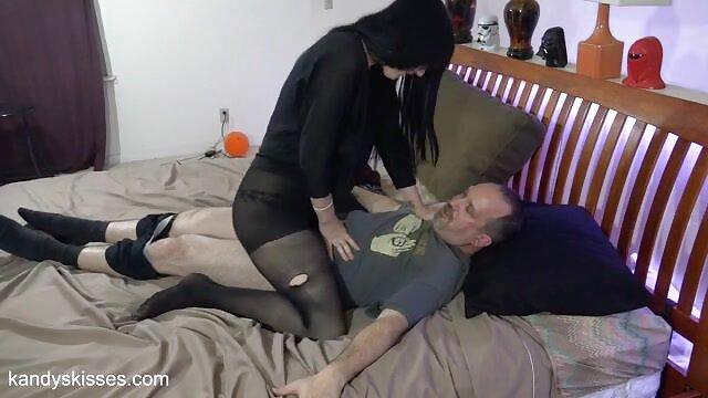 გოგონა სკარლეტ გაიზარდა ბენგალური პორნო ვიდეო დიდი
